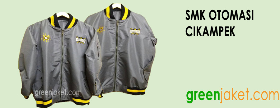 Display Jaket Bomber SMK Otomasi